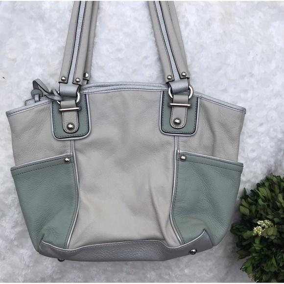 aa8e8f77549ce0 Tignanello Bags | Beige Green Leather Shoulder Bag Purse | Poshmark